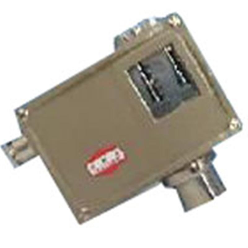 上海远东仪表厂 D540/7TK温度控制器