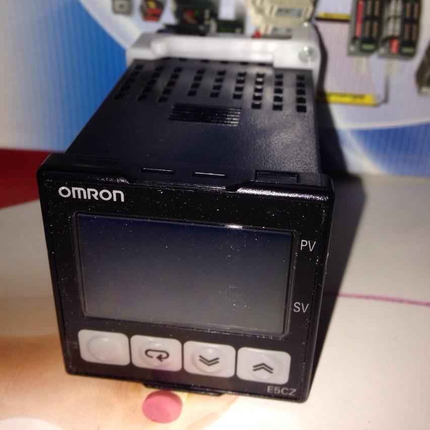 g3pe-525b欧姆龙固态继电器25a